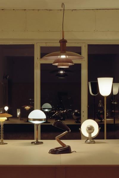 Document 2 la machine-lumière, Luminaires modernes des années 1920-1930 - © Villa Noailles Hyères