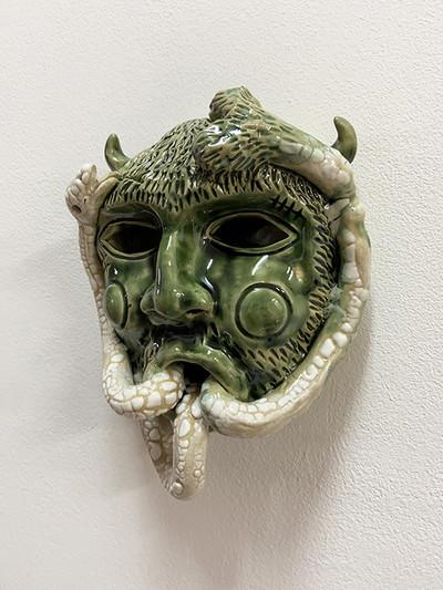 Eric Croes, Satyre vert Céramique 20x7,5x16 cm, 2020. Galerie : Sorry We're Closed, Bruxelles. - © Villa Noailles Hyères