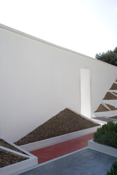 Clos Saint-Bernard dit villa Noailles. Le jardin cubiste de Gabriel Guévrékian.  Photographie : Olivier Amsellem - © Villa Noailles Hyères